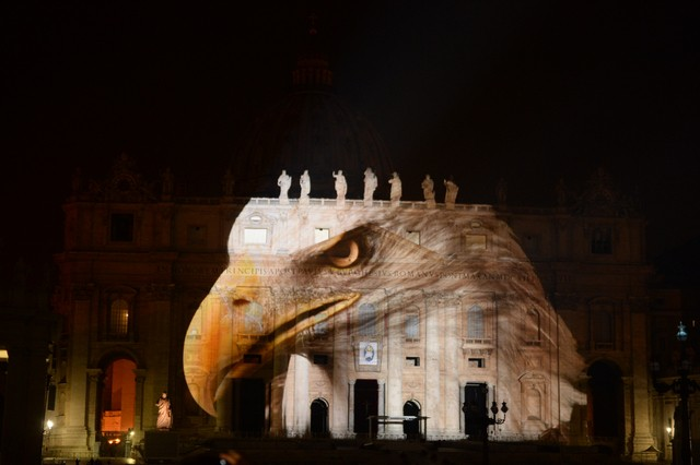 Bensar's PhotoArk images projected onto the Vatican (Both original and on-site photos taken by Joel Sartore)